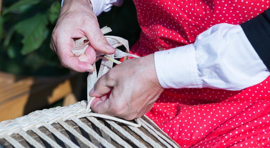 Naučite vještinu naših baka i očuvajte tradiciju – naučite plesti cekare!