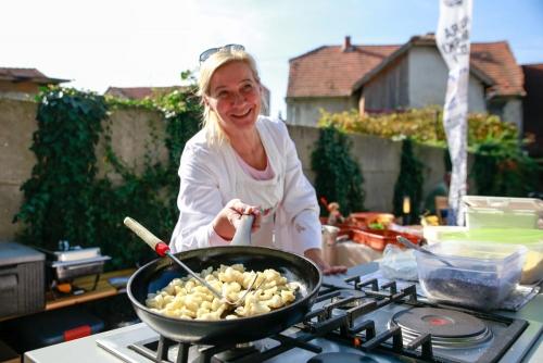 Međunarodni-sajam-domaćih-proizvoda-i-zdrave-hrane-2019-36